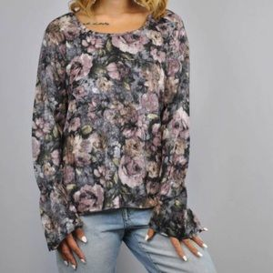 Dantelle Floral Fluted Bell Sleeve Brushed Top NWT